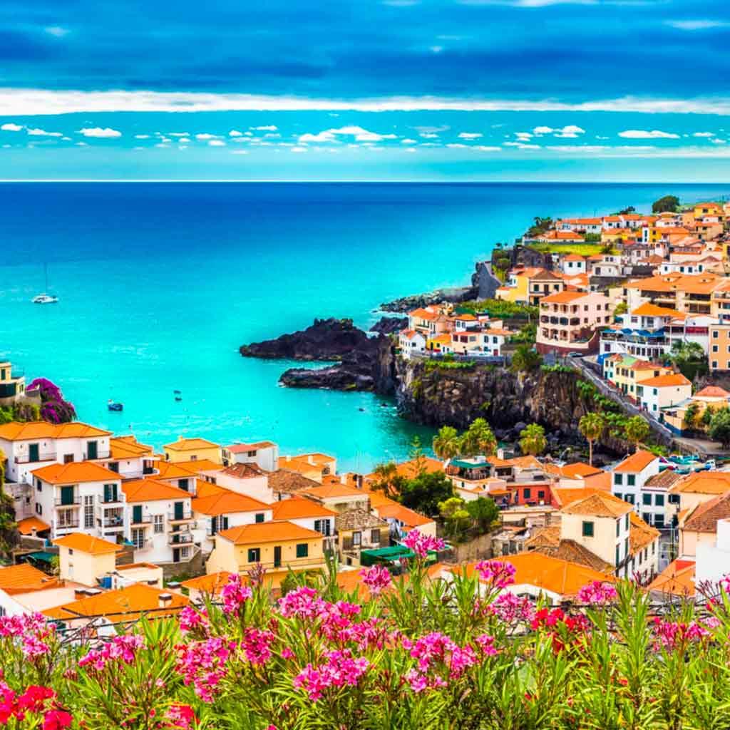 Переезд в Португалию — реальные истории успеха