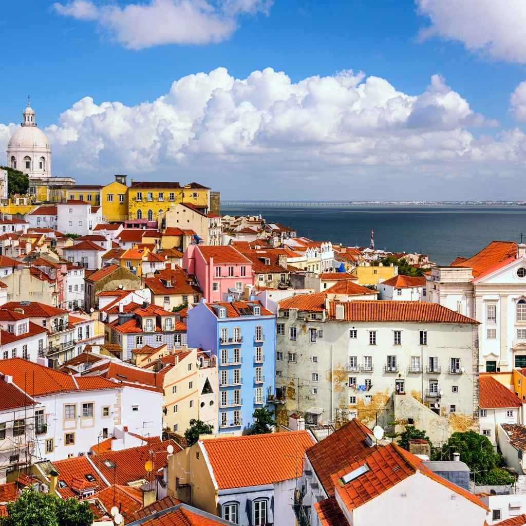 Processing a residence permit in Portugal