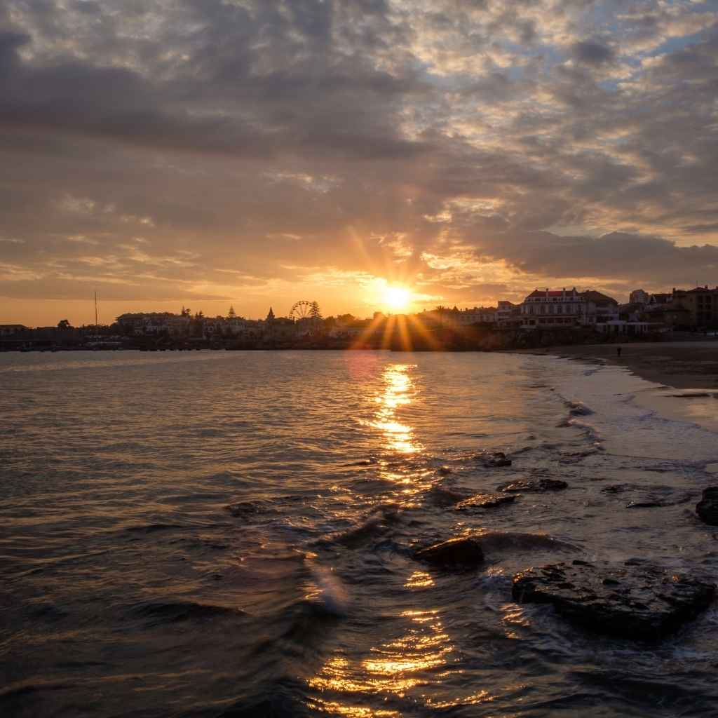 4. Отдохните на одном из многочисленных пляжей в округе
