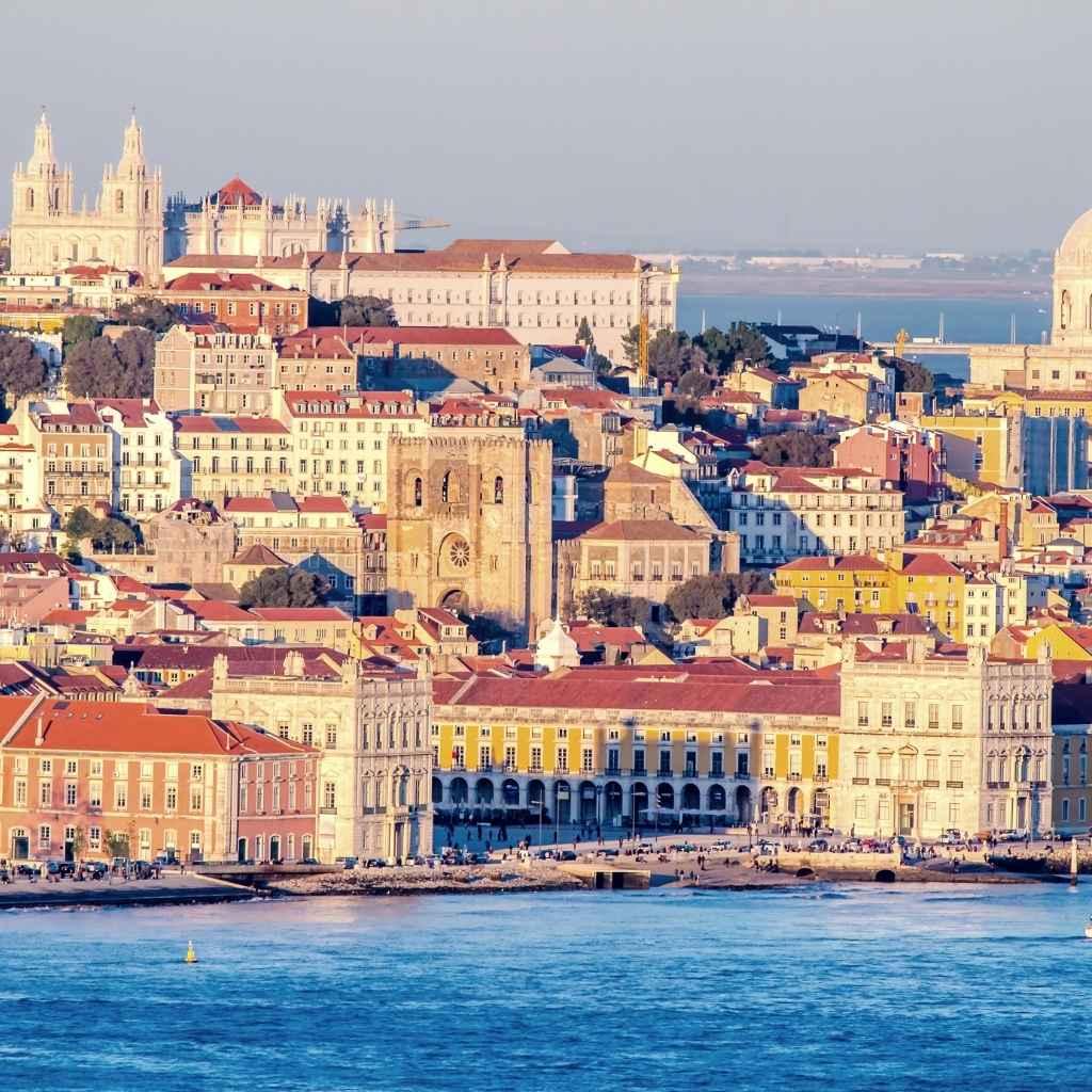 Получение статуса резидента по рабочей визе в Португалии
